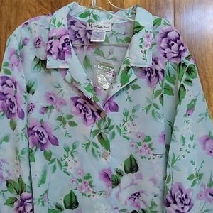 NWOT Vintage Maggie Sweet Floral Button Down